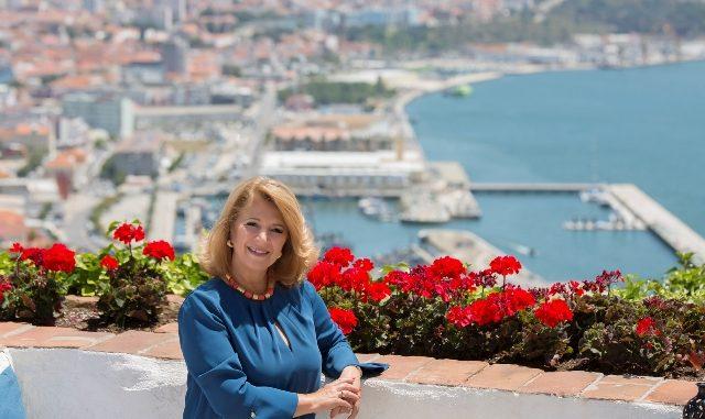 Camara-Municipal-Setubal-Presidente-Maria-Dores-Meira